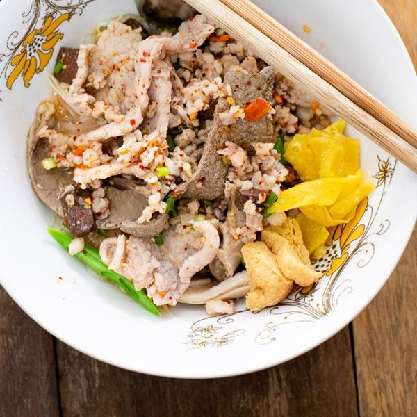 093-JareunPoongPochana-resdetail-highlight-menu-03