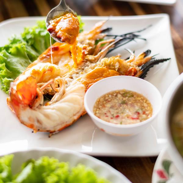 037-RuenThai-KoongPao_06-resdetail-highlight-menu_6